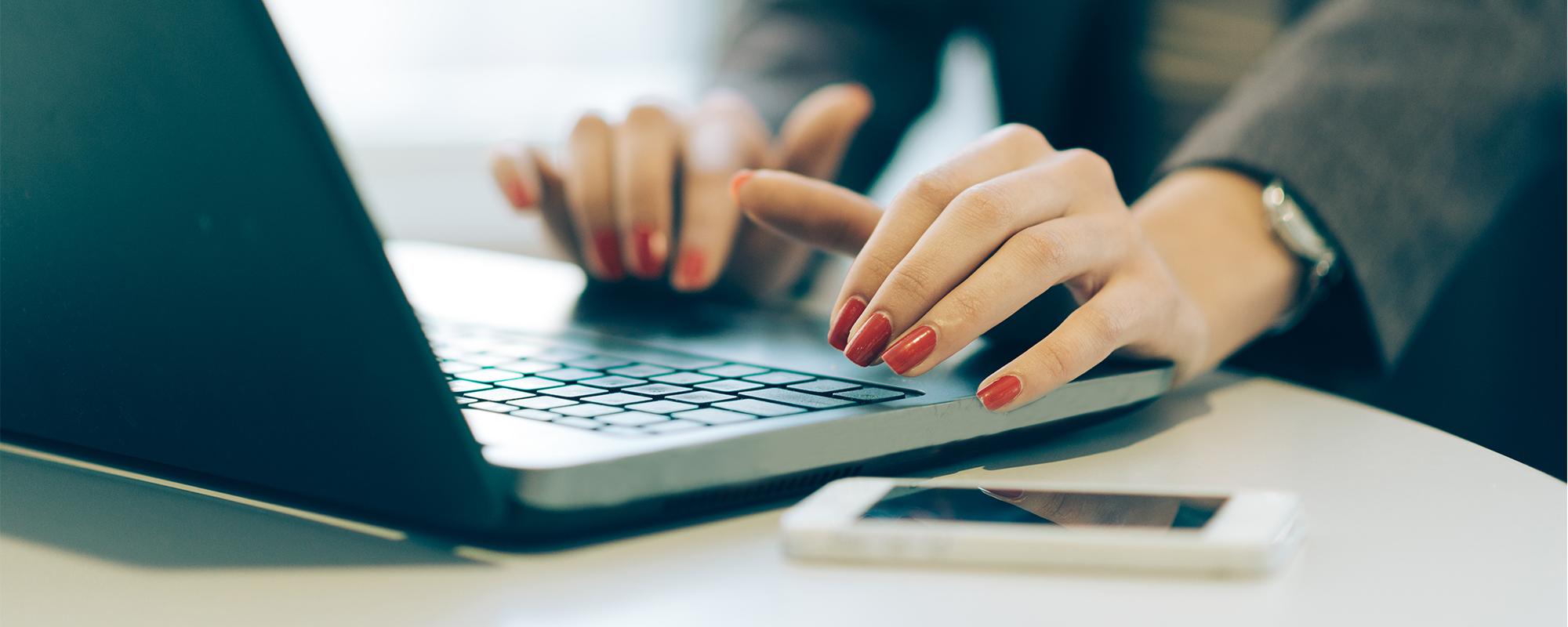 Adiestramientos Online  y  Webinar